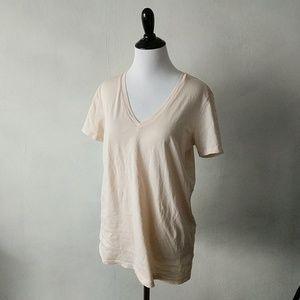 Everlane beige vneck teeshirt